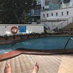 Tiny pool, only 1.20 m deep!