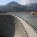 """Lac et Barrage d'Emosson à qq km du Chalet (accès par """"Verticalp"""")"""