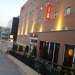 Photo de Ibis Madrid Calle Alcala