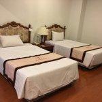 Photo de Riverside Hotel Saigon