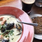 Seafood chowder con Guinness