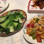 非常热情好客的台湾夫妇。强烈推荐中国胃如我的旅客来这里。老板老板娘人超好的👌宾至如归,我们一定会再来的👍👍👍