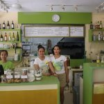 lemon-i-cafe-d-mall-boracay_large.jpg