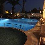 Photo of Hawaii Hotel