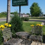 Photo de GrandStay Hotel & Suites Cambridge