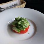 Так называемый салат... Печалька... Ещё больше тарелки не нашлось? ))