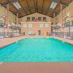 Days Inn & Suites Lubbock South Pool
