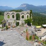 Blick vom Turm Richtung Dopratch und Burg-Theater