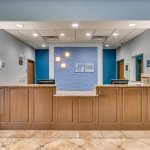 Holiday Inn Express & Suites Lubbock Southwest - Wolfforth Front Desk