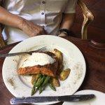 Oven Roasted Salmon with Horseradish Cream
