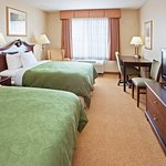 Photo de Country Inn & Suites By Carlson, Indianapolis Airport South, IN