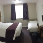 Photo de Premier Inn London Gatwick Airport South (London Road) Hotel