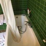 salle de bain hors normes et insalubre