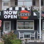 Outside dining at Lizzie's Cafe & Bistro...  #oceancitycool