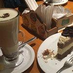 Tipo submarino con pastel de 3 chocolates