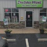 Foto de Fractured Prune