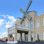 Photo of Quality Inn Dutch Inn