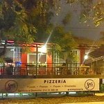 Sim's Pizzeria & Sports Bar