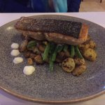 Grilled salmon with asparagus and potatoes