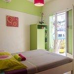 chambre n°114 double avec salle de bain ,terrasse avec frigo,climatisation et wiffi