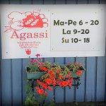 Photo of Agassi