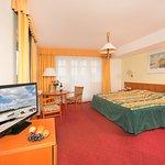 Photo de Hotel garni Eden