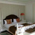 Superbe lit très confortable (juste couette à éviter l'été)