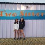Photo de Two Sisters of Montana