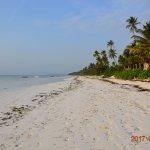 Stranden med fin kritvit sand!