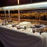 plateau des desserts de la soirée blanche