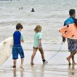 Photo de Kelly's Surf Shop and School