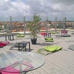 terrasse panoramique située au 6ème étage de l'hôtel