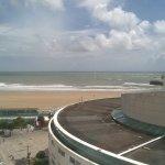 La grande plage vue de la terrasse