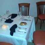 al llegar al restaurat estaba la mesa preparada fue una sorpresa agradable de parte de JULIA BAR