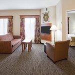 Photo de GrandStay Residential Suites Hotel Rapid City