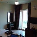 Photo de Dunes Hotel Apartments Oud Metha