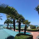 Photo de Coconut Beach Resort