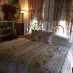 Garden Room w/King Bed