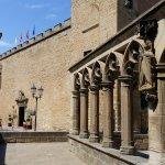 Ruinas de la capilla de San Jorge junto al palacio-castillo Parador