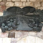 Bronze Art in Piazza della Basilica S. Francesco