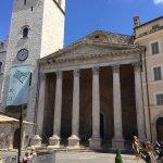 Piazza Centro - Ancient Roman Temple