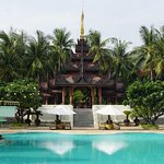 Photo de Mandalay Hill Resort
