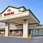 Ramada by Wyndham Pikesville/Baltimore North Resmi
