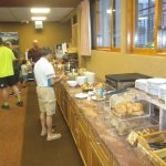 Continental breakfast bar, mornings between 7 and 10, Aspen Mountain Chalet