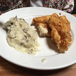 Fried Catfish and Garlic Mashed Potatos-Cheddar's