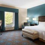 Photo de Hampton Inn & Suites Edgewood/Aberdeen-South