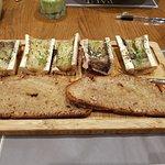 Bone marrow with toasted tartines