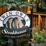 Twin Owls Steakhouse Foto