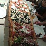 Pizza a metro (adatta per 4 persone)