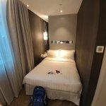 Queen for normal smart room hotel